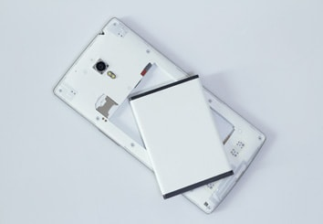 Smartphones, Tablets (display film, Li-ion batteries)