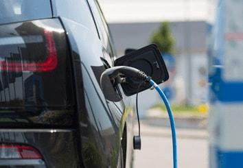 電気自動車(リチウム電池)